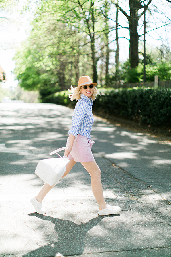 Gingham top and linen shorts | waitingonmartha.com