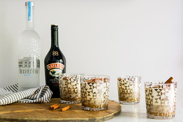 White Russian recipe, @waitingonmartha