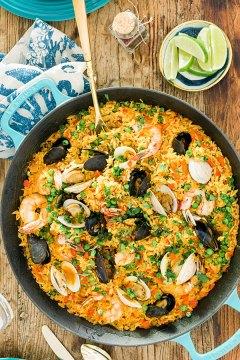 Seafood Paella recipe by @waitingonmartha