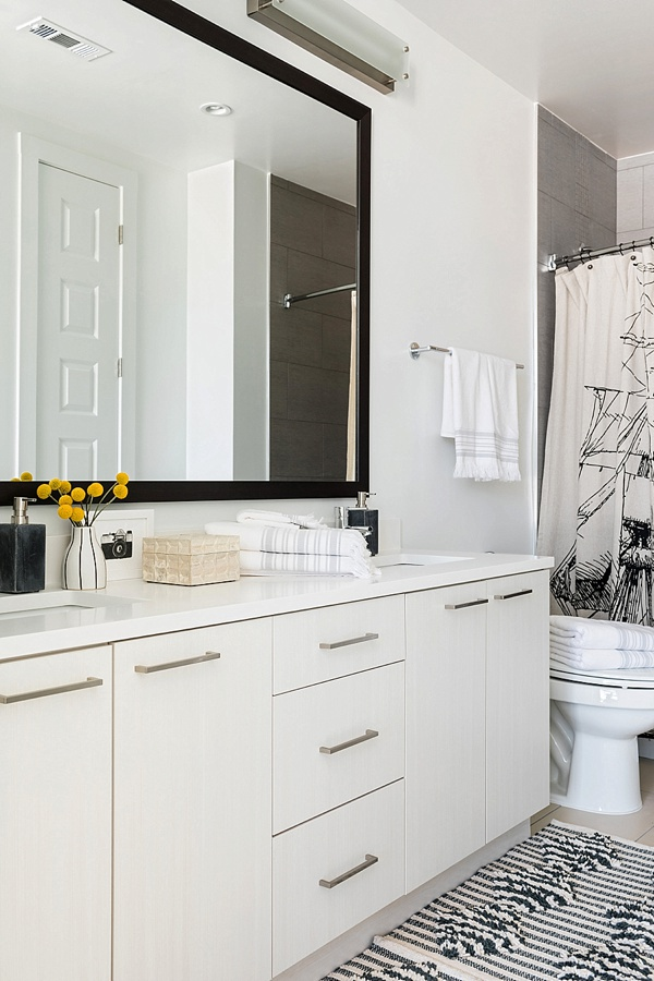 Chic bathroom styling ideas, @waitingonmartha