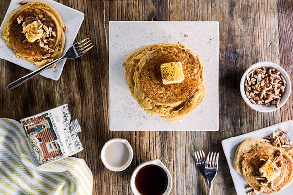 gingerbread-pancakes-boozy