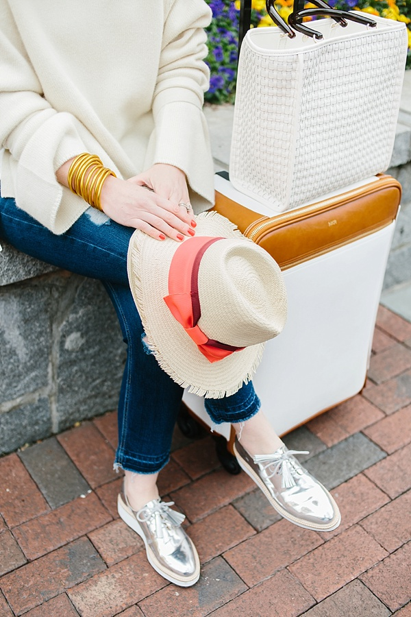 The best travel outfit from cold to warm weather, waitingonmartha.com