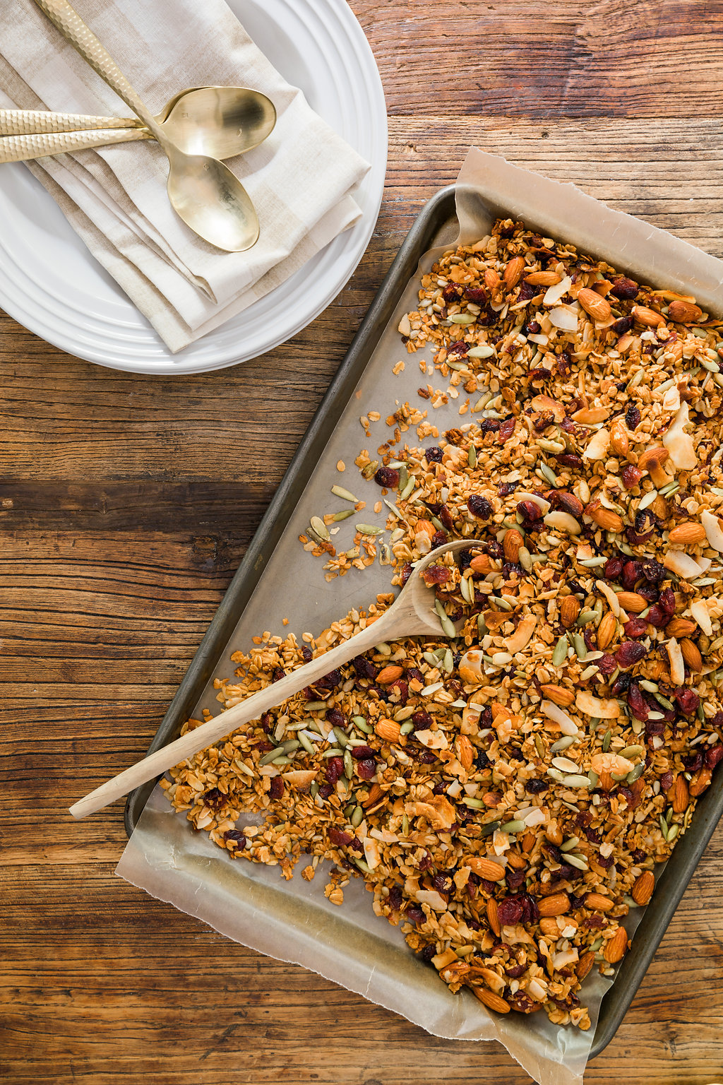 easy homemade granola with coconut, cranberry, almonds, pumpkin seeds & honey