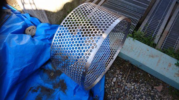 吸水ポンプパンチング板修理