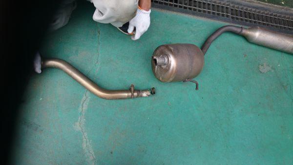 マフラー溶接修理