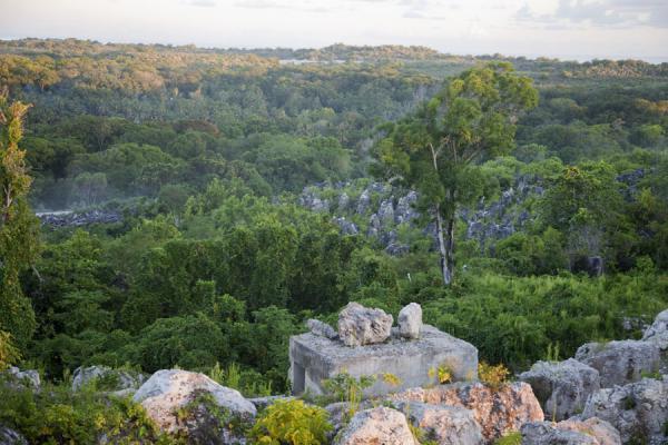 Naurucommand-ridge06-traveladventures.org