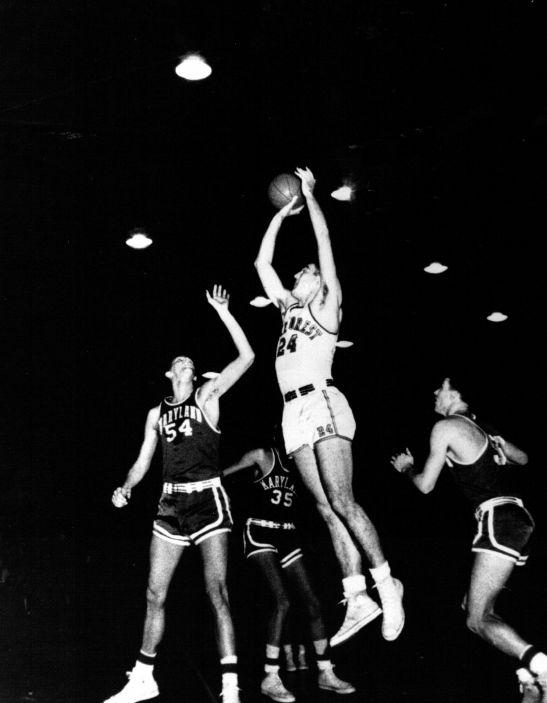 Dick Hemric, WFC Basketball