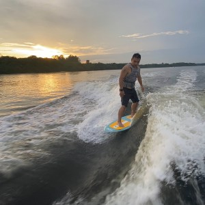 beginners guide to wakesurfing