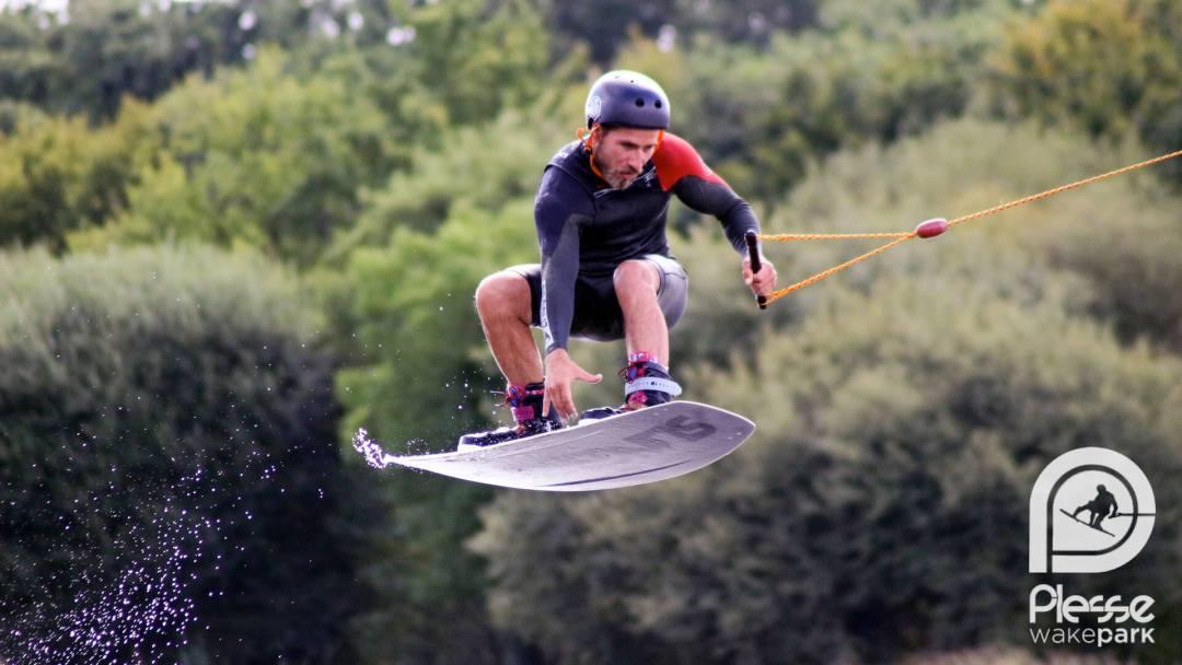 Wakeboard La Baule : apprendre et pratiquer le wakeboard près de Wakeboard La Baule