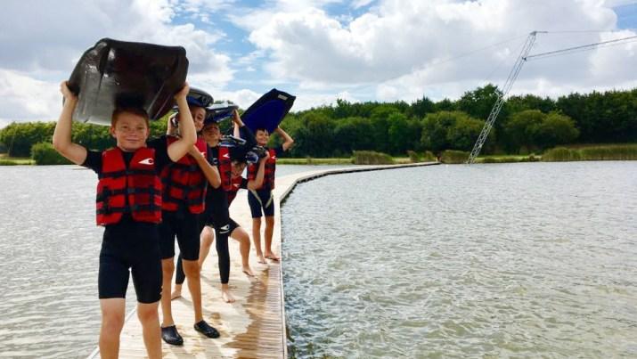 Stage wakeboard - cours wakeboard : apprendre le wakeboard et progresser au wakepark Plessé