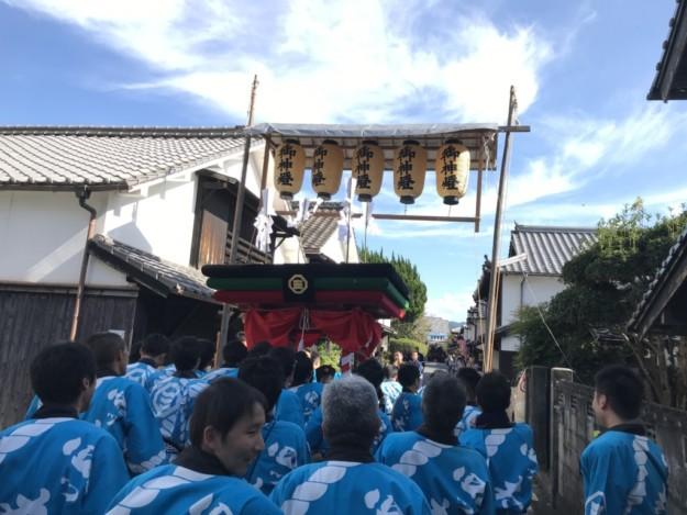 令和初の三嶋神社・秋祭りは四つ太鼓を担いできました。