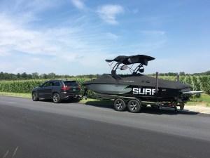 Centurion, Enzo, wakesurfing, towboat, Jeep, Grand Cherokee, SRT