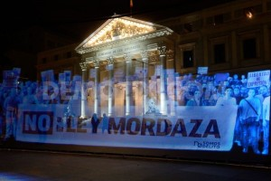 We Are Not Crime – Thousands Protest Spain's Gag Law As Holograms (VIDEO)