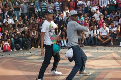 battle dance mauritius caudan