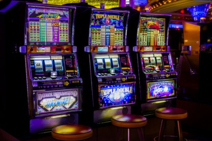 casino-gambling-more-2