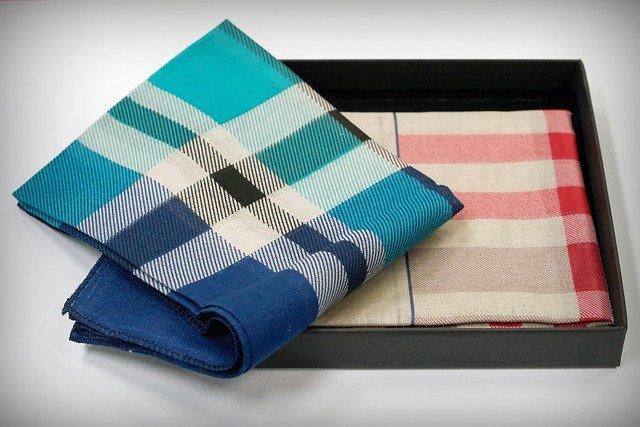 handkerchief-2639321_640