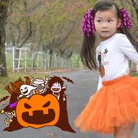 ハロウィンで女の子が可愛く仮装している画像