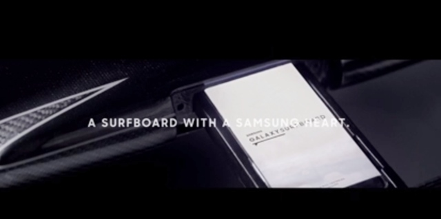 SAMSUNG GALAXY SURFBOARD内蔵