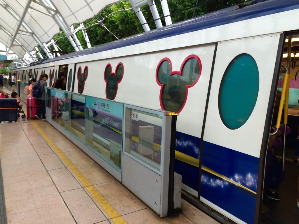 香港国際空港トランジット、香港ディズニーランド