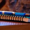 タイのペンはとにかく青い!青いペンが大活躍するタイのペン事情