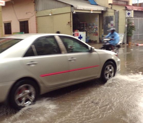 カンボジアの豪雨