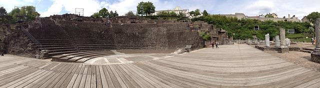 古代ローマ劇場遺跡