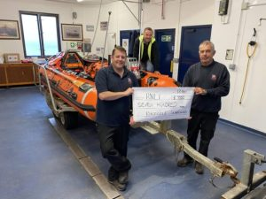 Sunflowers on Gower raise funds for Mumbles Lifeboat