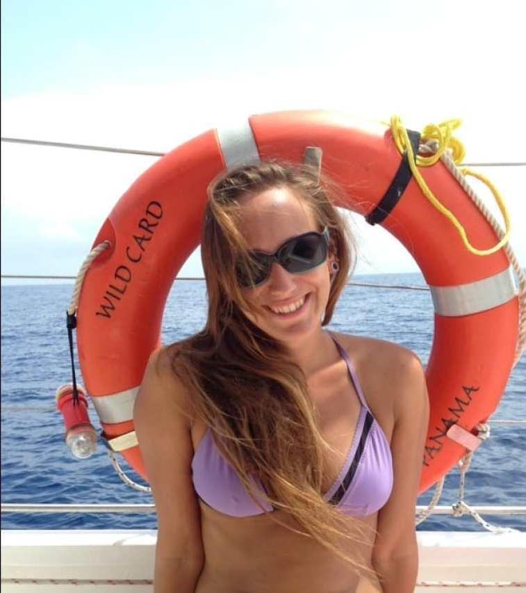 sailing through the san blas islands in panama