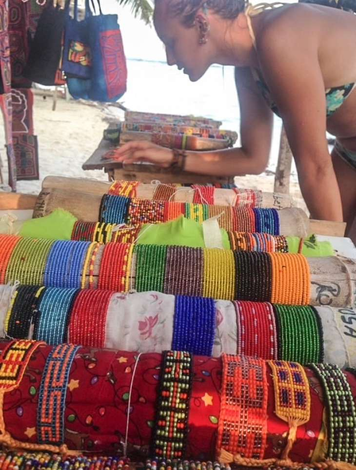 being artisan crafts from the kona tribe