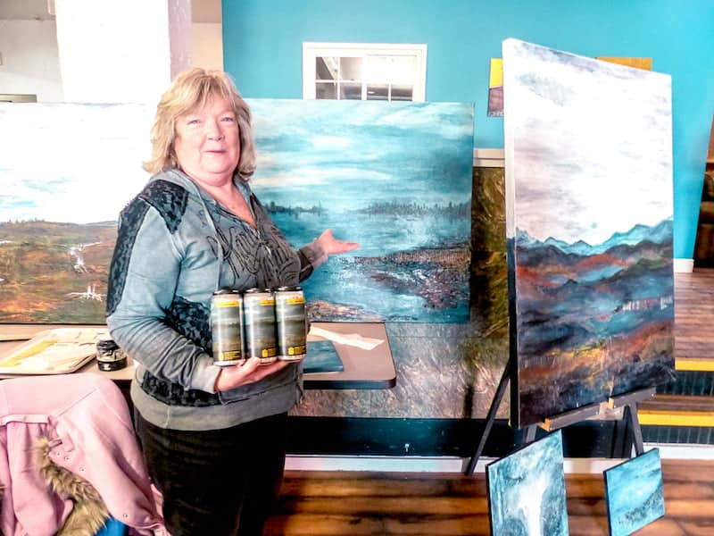 One of the artists at the St. Thomas Ontario Arts Crawl