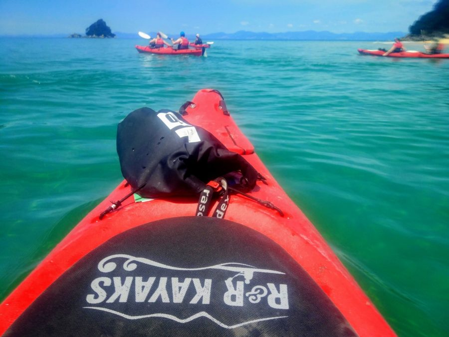 R&R Kayaks: Exploring the open sea in a Kayak Abel Tasman