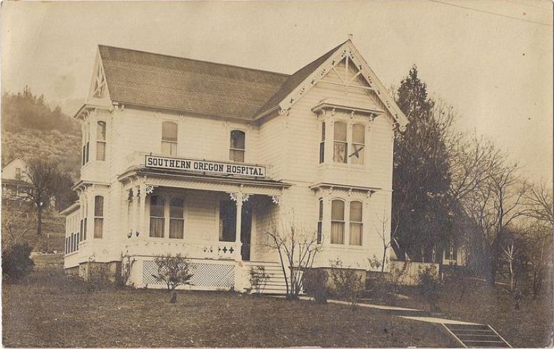 Southern Oregon Hospital c1908