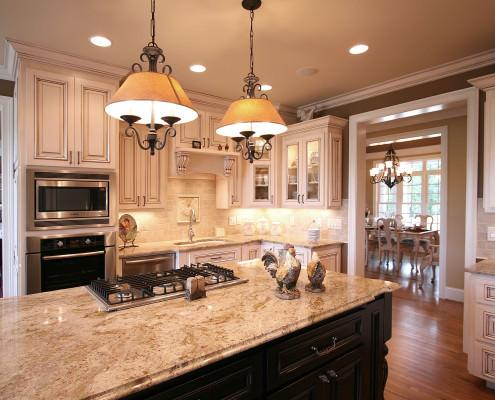 kitchen,island,glass doors,decorative details,french country