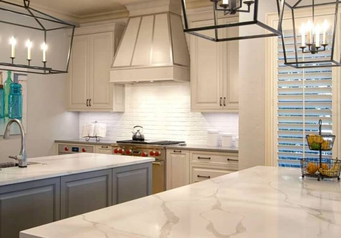 white-gray-kitchen-cabinets