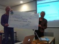 HzG mocht 2200 euro ontvangen, opbrengst van de Walk Germany.