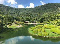 photo of South Pond in Ritsurin Garden