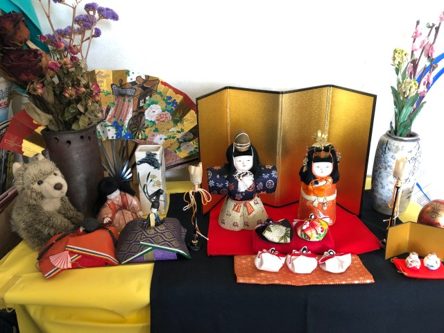 "exhibition of ""Hina Dolls"""