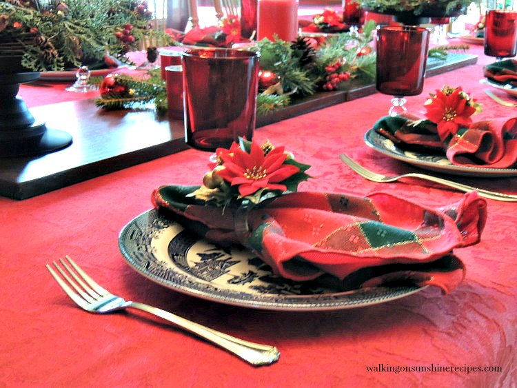 Budget Christmas Table Decorations