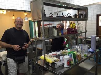 Donacions vàries arribades des de Figueres