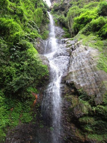 chadwick waterfall shimla in himachal pradesh