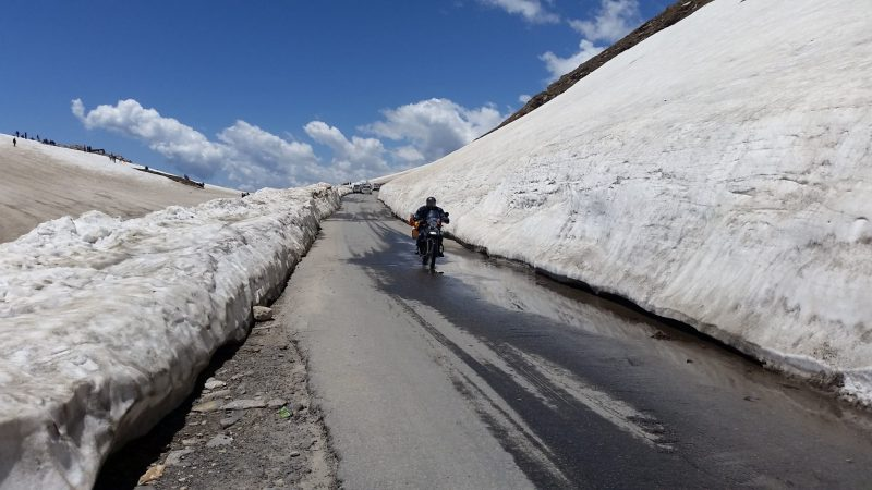 bike rental for rohtang