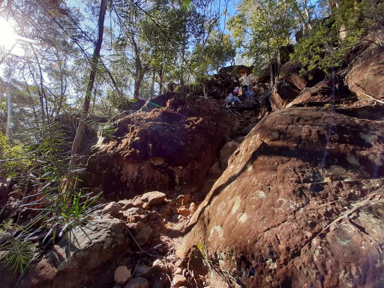 Rock boulders at Highlands Rd Faulconbridge fire trail to Linden Creek