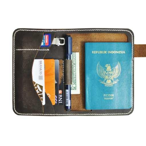 Walklo Leather Passport Holder