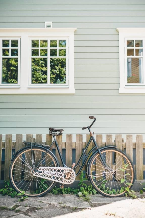 Stockholm Archipelago Vaxholm Husqvarna Bike
