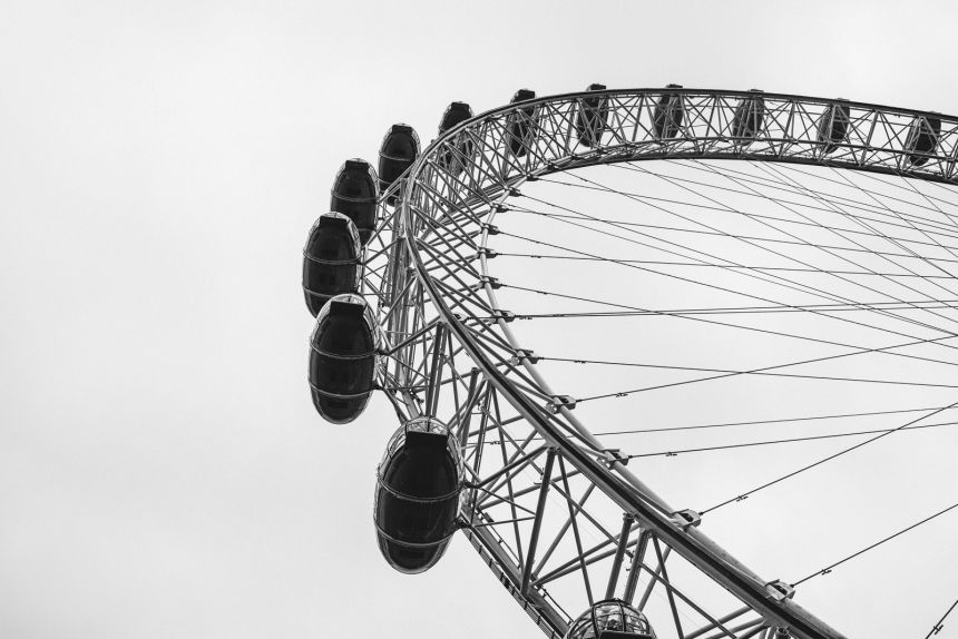London Itinerary London Eye in Black and White