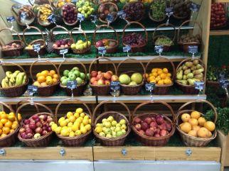 Kazhakstan fruit stall 2