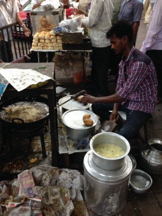 Potato Vada frying at Mumbai street corner