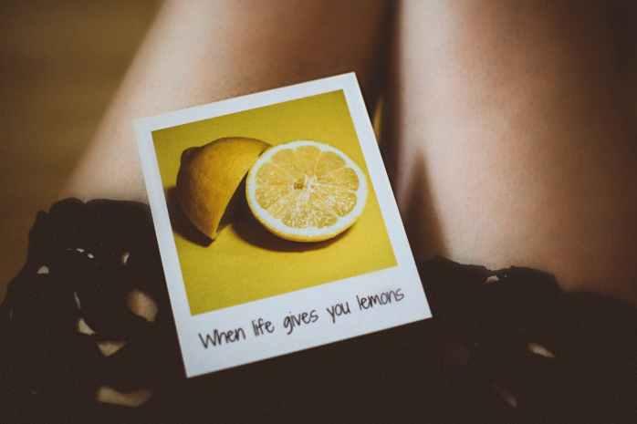 lemon photo on person s thigh