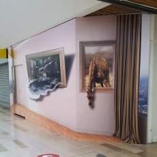 PalissadeBois_VisuelAnamorphose_CentreCommercial_Echirolles