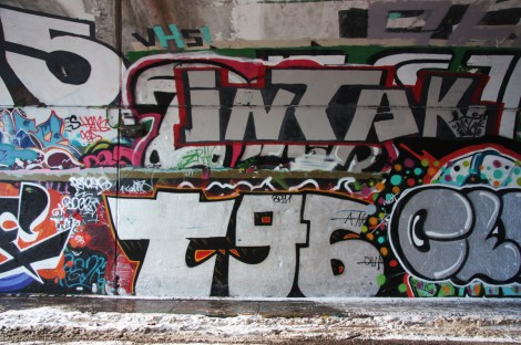 T96 (bottom), Intak (top) at the Rouen tunnel legal graffiti wall